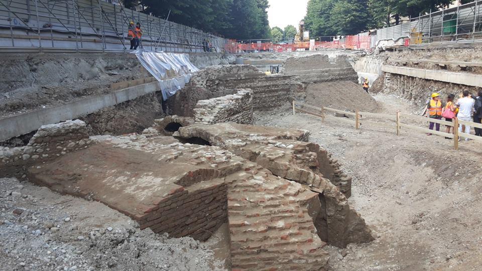 Altro particolare delle fondamenta delle mura                 del Pastis della cittadella
