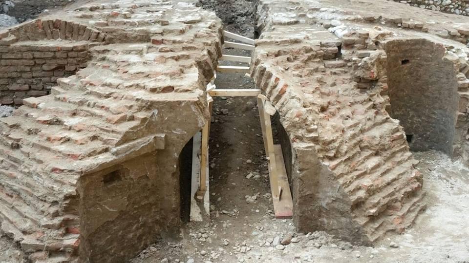 Altro particolare delle mura della cittadella