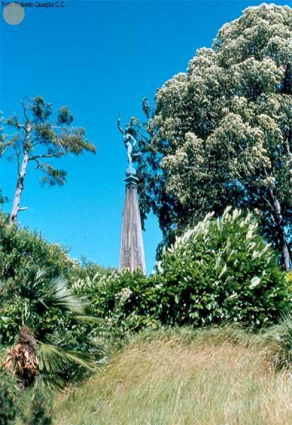 Mercurio sull'obelisco